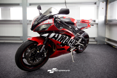Yamaha R6 Satin red wrap