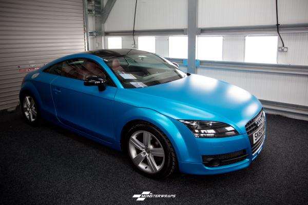 Audi TT Ocean shimmer satin blue wrap