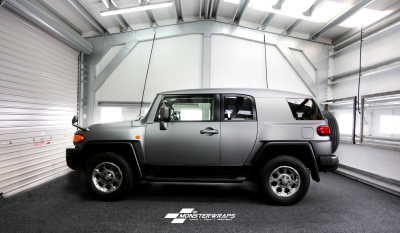FJ Cruiser wrapped in Avery Matte Gunmetal Metallic
