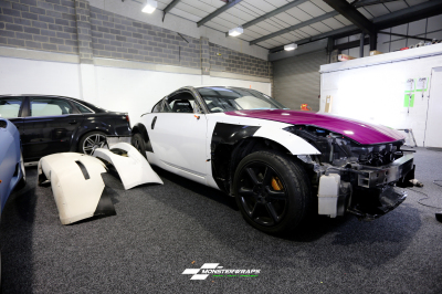 Nissan 350Z widearch fierce fuchsia wrap