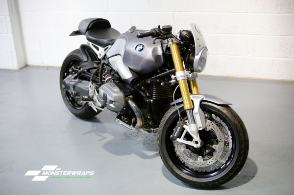 BMW R Nine T full carbon wrap