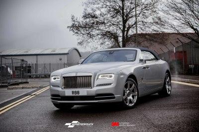 Rolls Royce Dawn Gloss White Aluminium wrap
