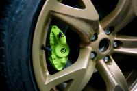 Nissan 370z Acid green caliper paint monsterwraps southampton