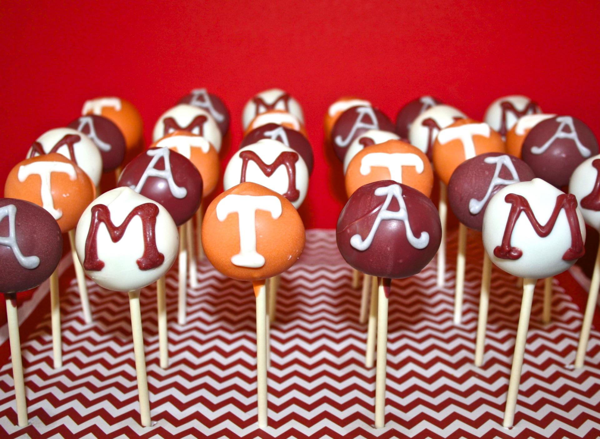 college cake pops