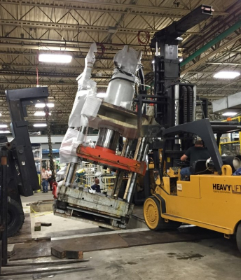 Installing a 1,000-ton vertical Hydraulic Press.