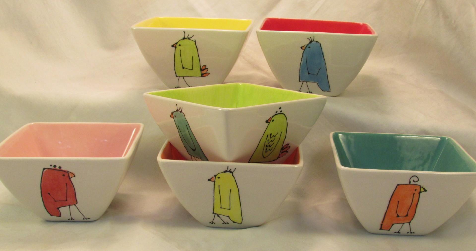 Happy Bird Metro Bowls