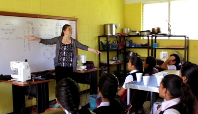 English Classes Are Coming to the Milagros Workshops!
