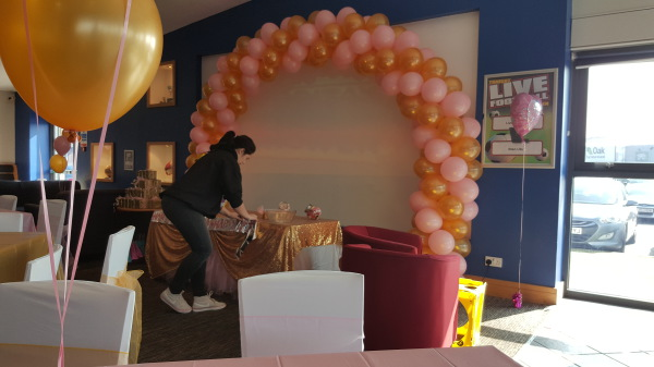 Pink & Gold Arch!!