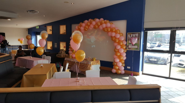 Balloon Arch & Centerpieces!!!