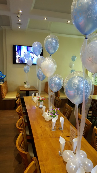 Balloon centrepieces with organza ribbon!!!