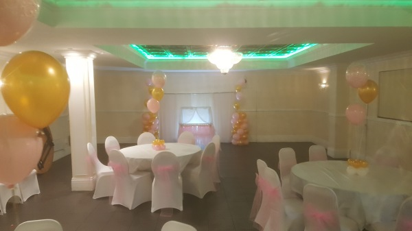 Front Balloon display and centrepieces