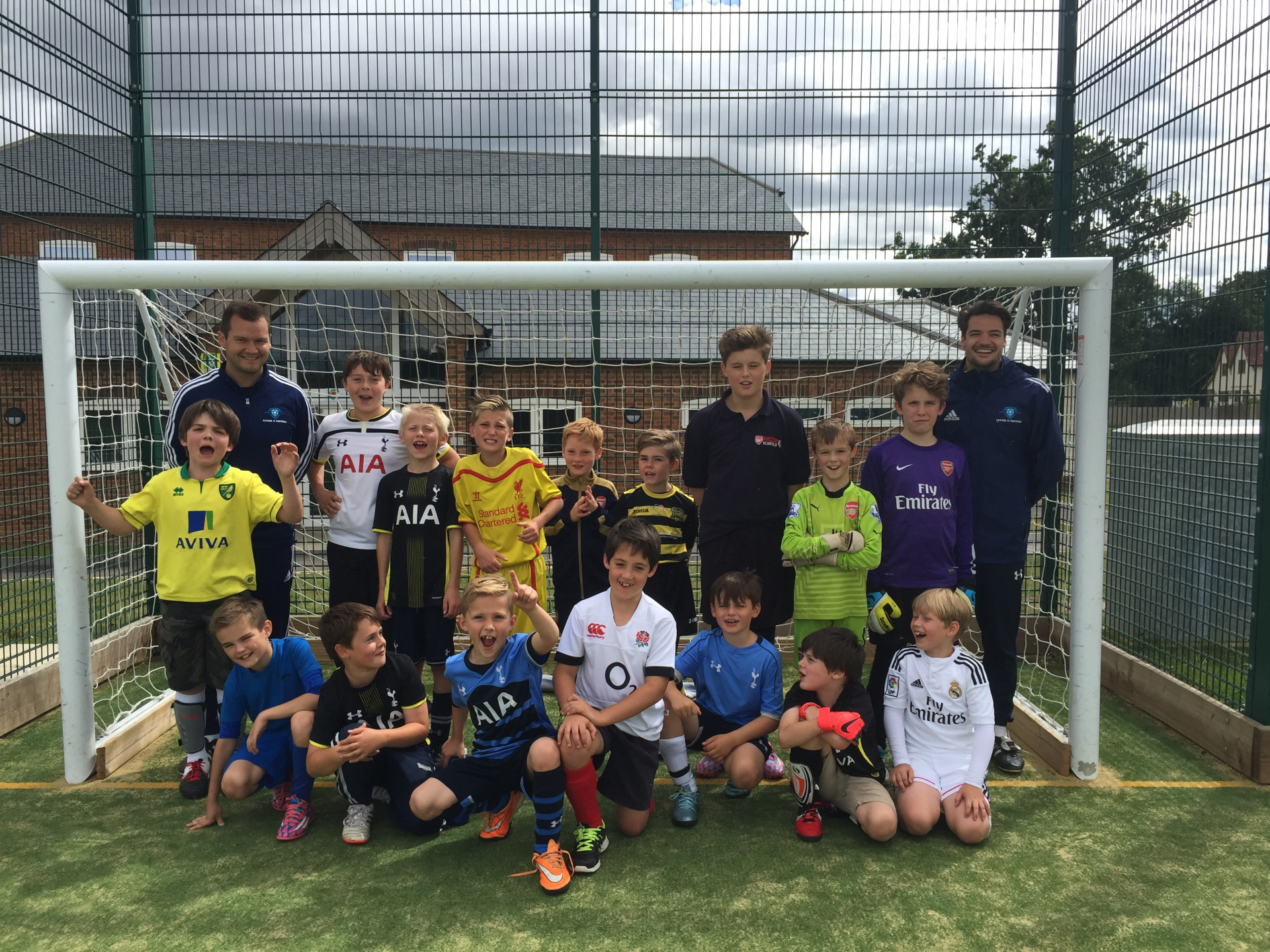 HOLIDAY SOCCER SCHOOLS