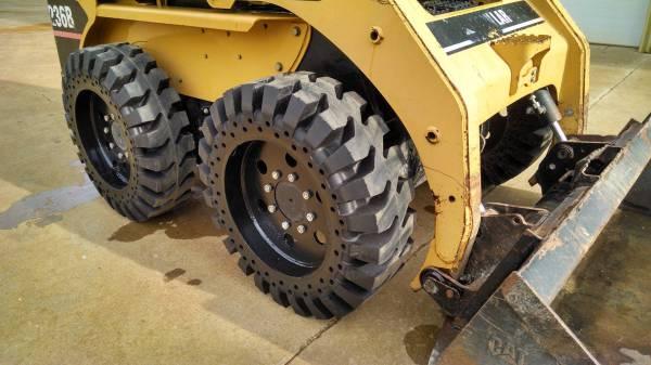 Skid Steer Solid Tyre