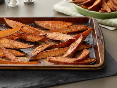 Chipotle Roasted Sweet Potato Wedges