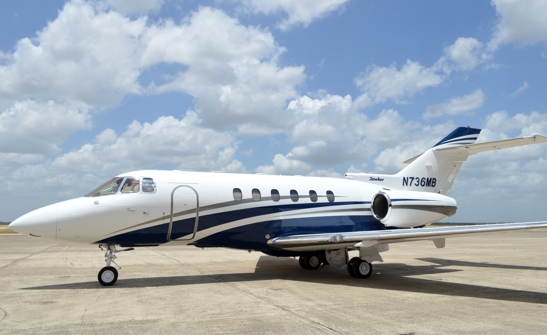 Hawker 800 XP