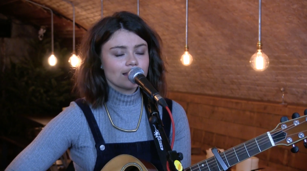 Live Session: Paige Temperley
