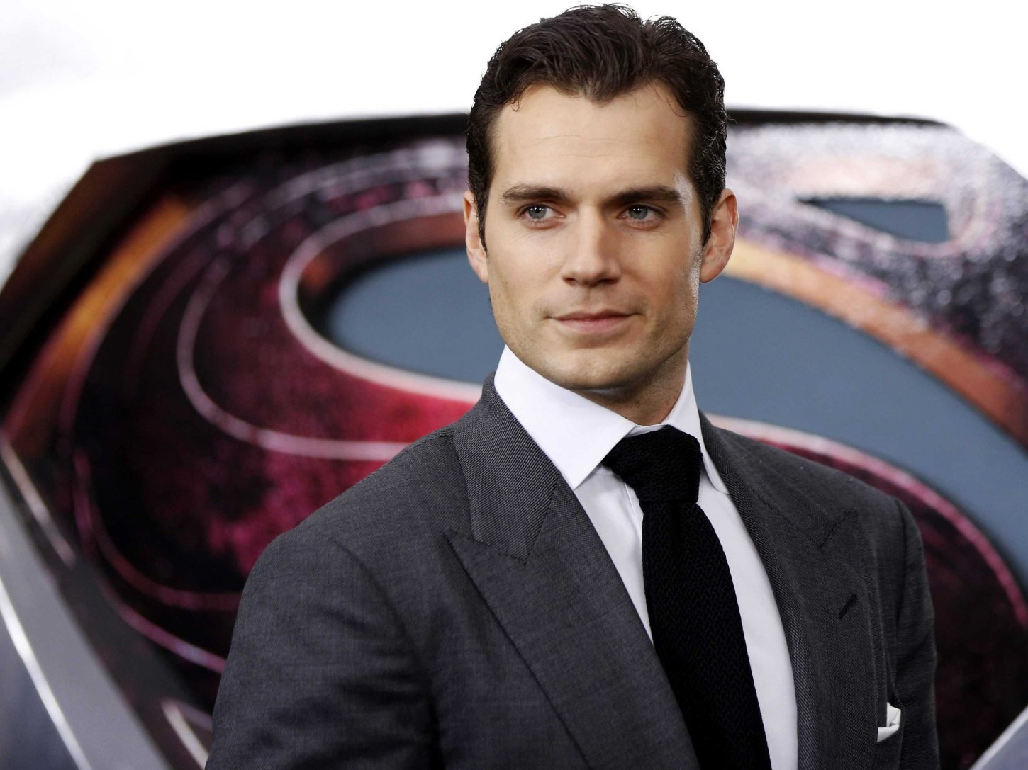 The Man of Steel, Henry Cavill, Joins Mission: Impossible 6!