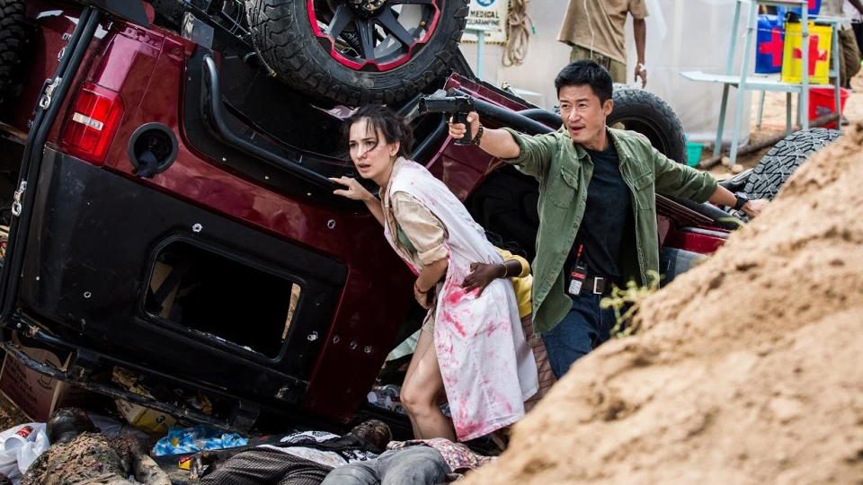 """Wu Jing Turns Up the Heat in the Second Trailer for """"Wolf Warrior 2"""""""