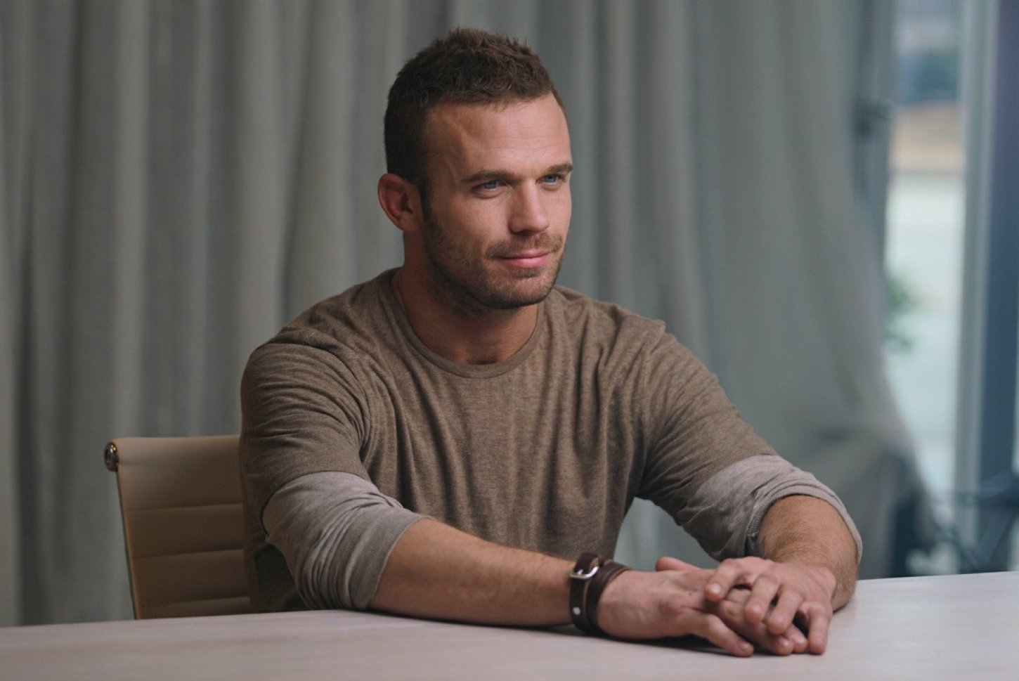"Review: Cam Gigandet Battles Enemies and His Mind in ""The Shadow Effect"""