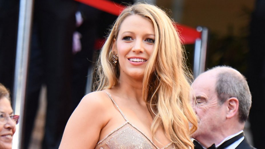 "Blake Lively Will Enter the Octagon in the MMA Action-Drama ""Bruised"""