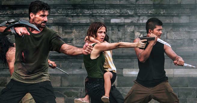 "Director Liam O'Donnell's Sci-Fi Epic""Beyond Skyline"" Hits the UK this Winter!"