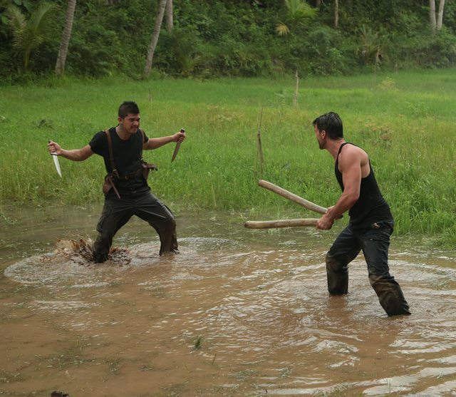 "Frank Grillo and Iko Uwais Throwdown in a Clip from the Sci-Fi Action Film ""Beyond Skyline"""