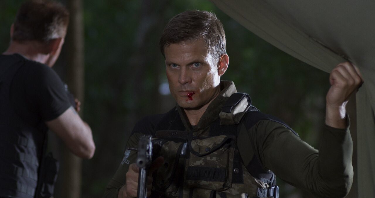 Exclusive Interview: Hollywood's Genre Man Casper Van Dien from SHOWDOWN IN MANILA
