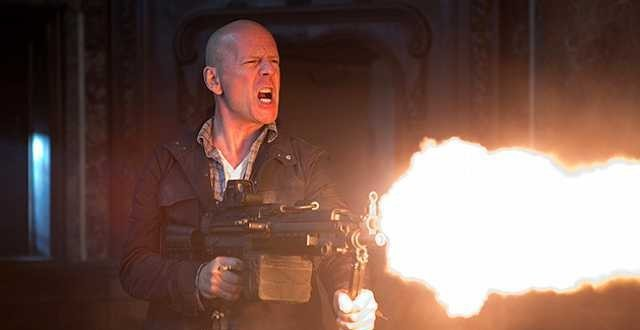 Bruce Willis Offers an Update on DIE HARD 6