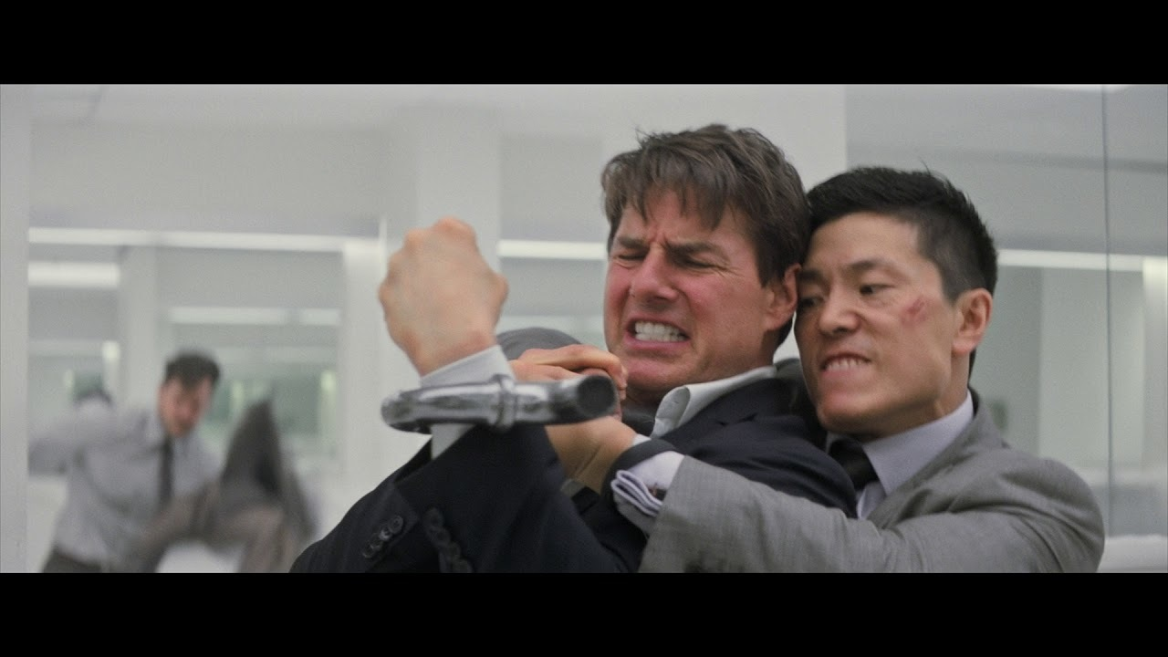 Tom Cruise and Henry Cavill Beat the Competition in a New M:I 6-FALLOUT Clip!