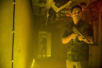 EXTINCTION: Michael Peña is About to Face Some Aliens in the New Trailer for the Sci-Fi Flick