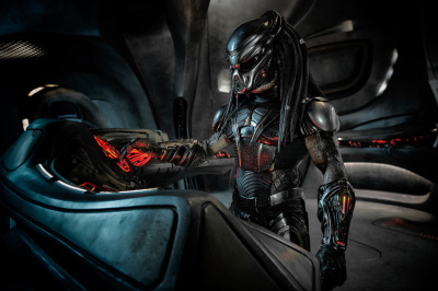 "THE PREDATOR is Officially Rated ""R"" Plus Director Shane Black Says It's the ""Scariest One"" Yet"