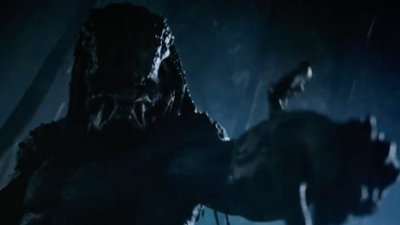 THE PREDATOR Arrives this Weekend! Watch a Bloody Last Promo and Clip Now!