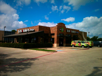 8235 N. Stemmons Frwy, Dallas, TX 752472 3200 Sq. Ft. Restaurant