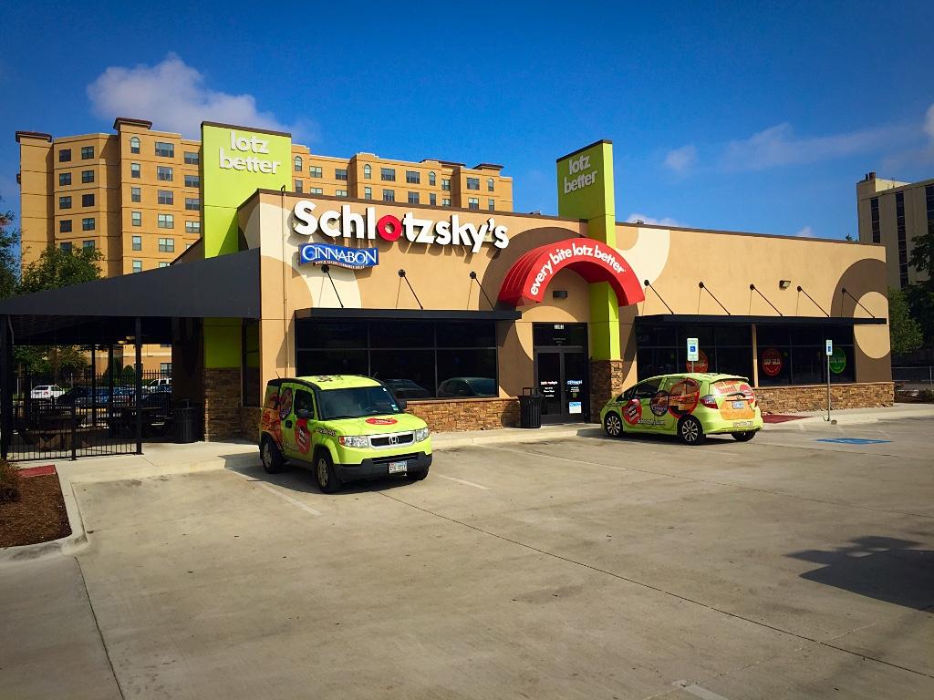 3903 Gaston Avenue, Dallas, TX 75246 3,200 Sq. Ft. Restaurant