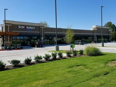201 N Interstate 35, Gainesville, TX 76240 Retail Center