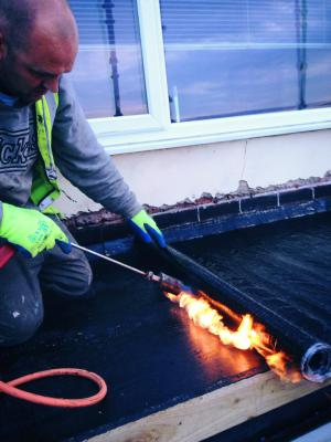 bitumen felt roofing
