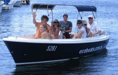 Small boat hire Sydney