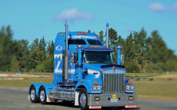 2015 T409SAR Kenworth