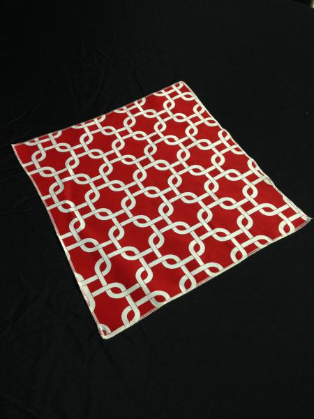 "Red/White Links Mini Table Topper - 18"" square"