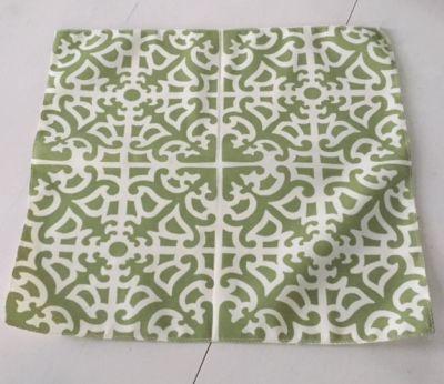 "Ornate Lattice 18"" Mini Table Topper - Fern Green"