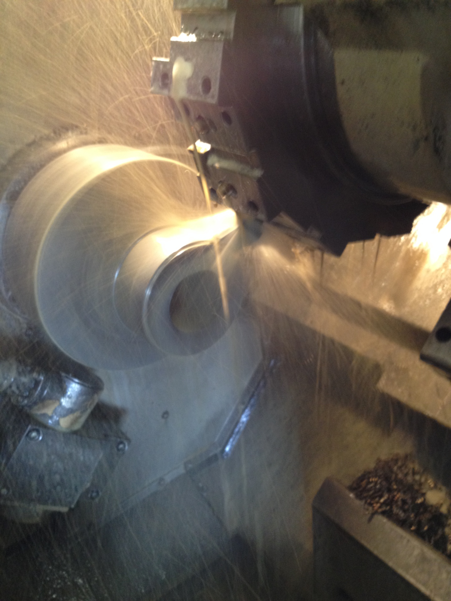 Stine Gear uses many types of machines to cut gears of all types