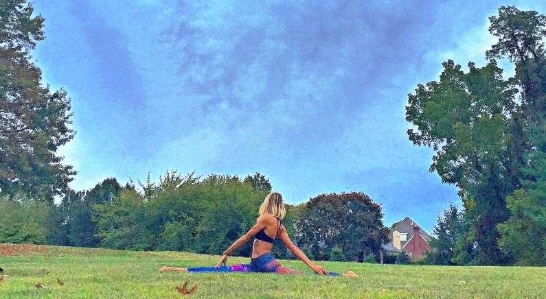 Full Splits Yoga Motion Melissa Melissa Weinberg