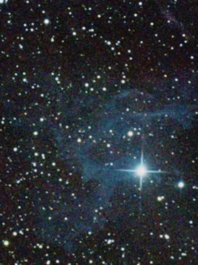 IC405 Nebulosa de la estrella flameante fotografiada con Canon 400D acoplada a SW150/750 sobre EQ3.2 a foco primario desde un entorno urbano.