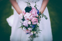 gorgeous cascading wedding flowers