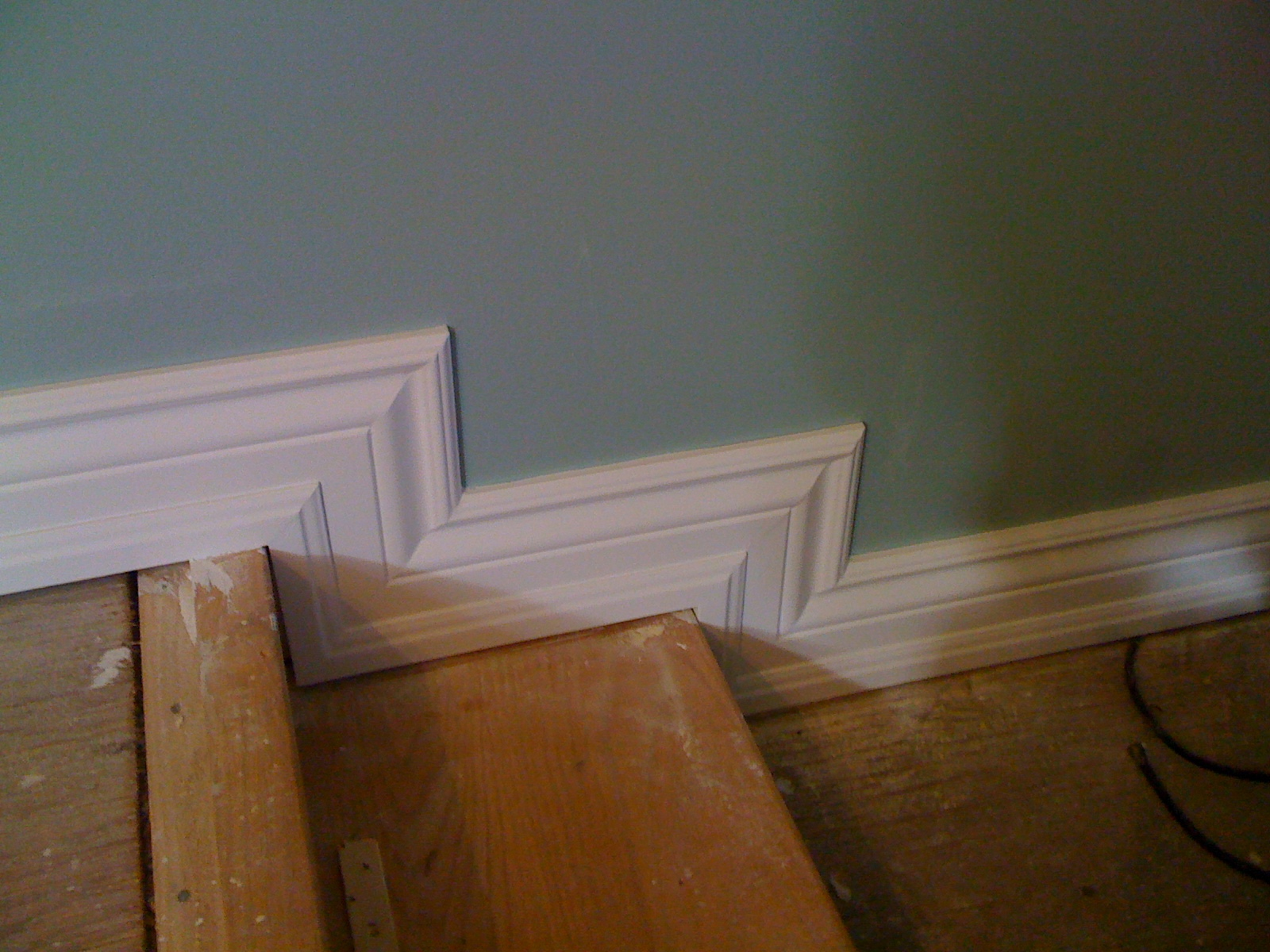 finished baseboard