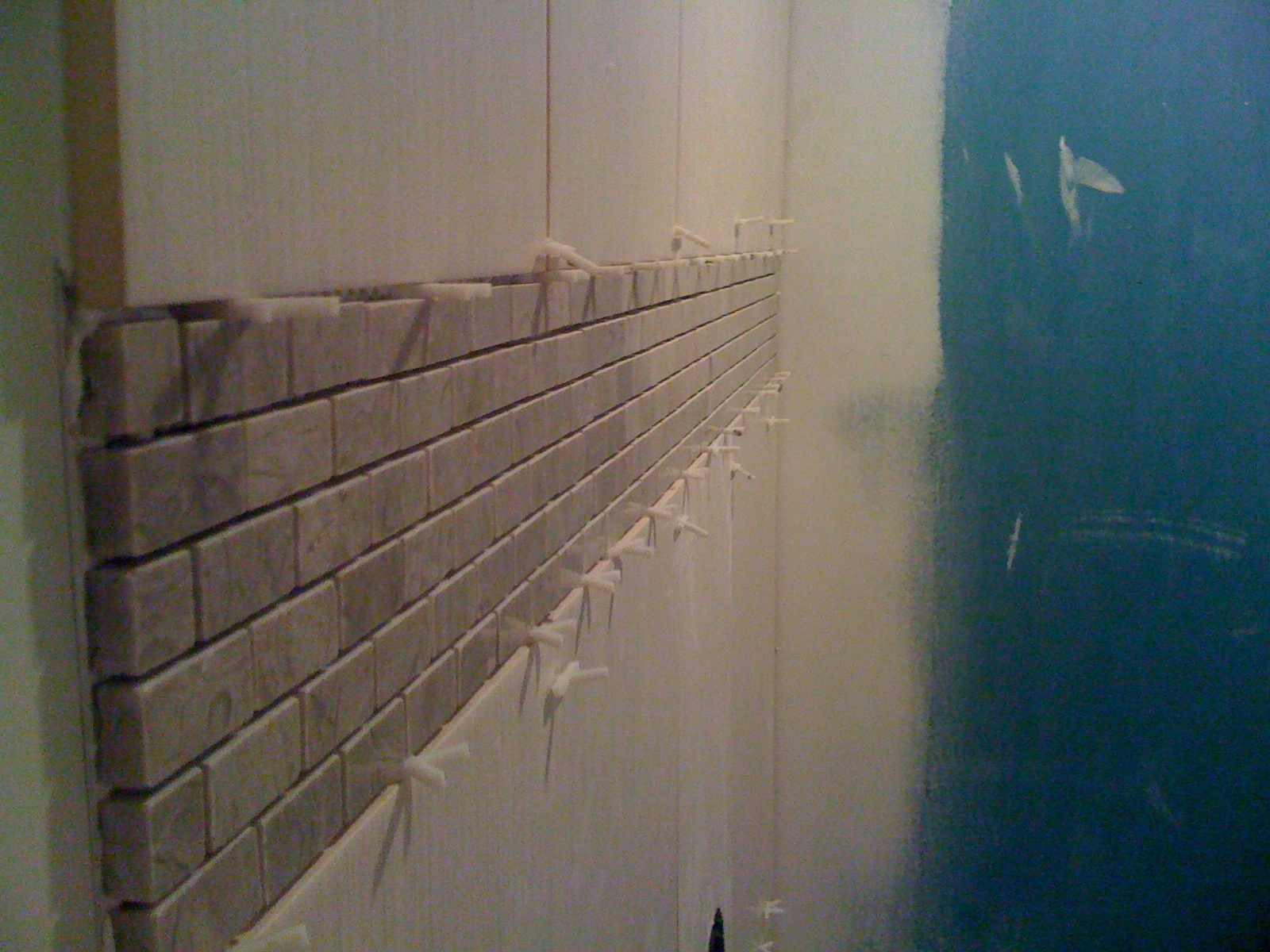 Shower wall tiled