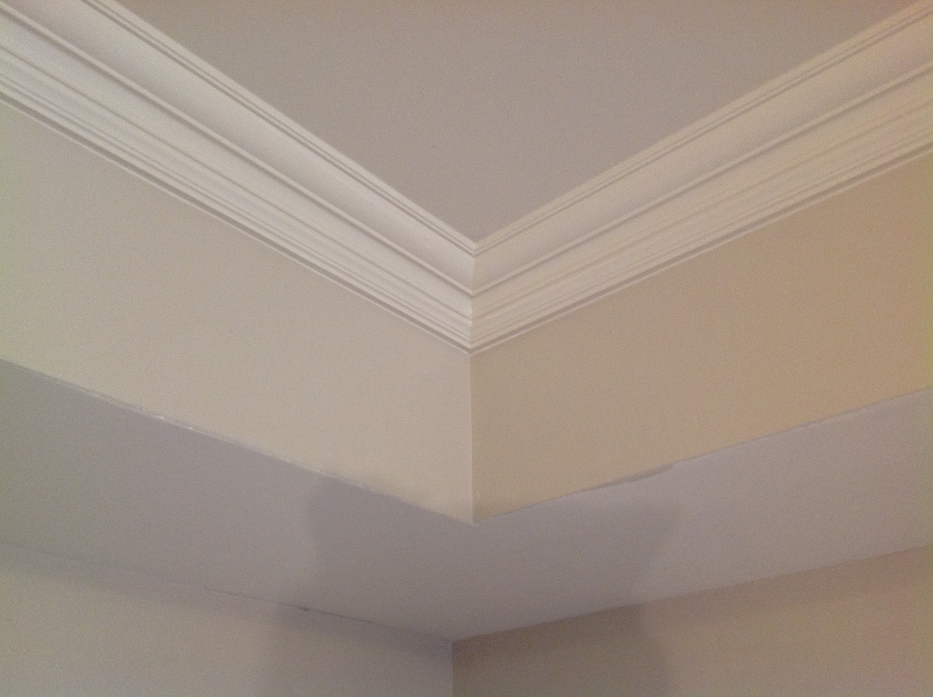 White crown molding