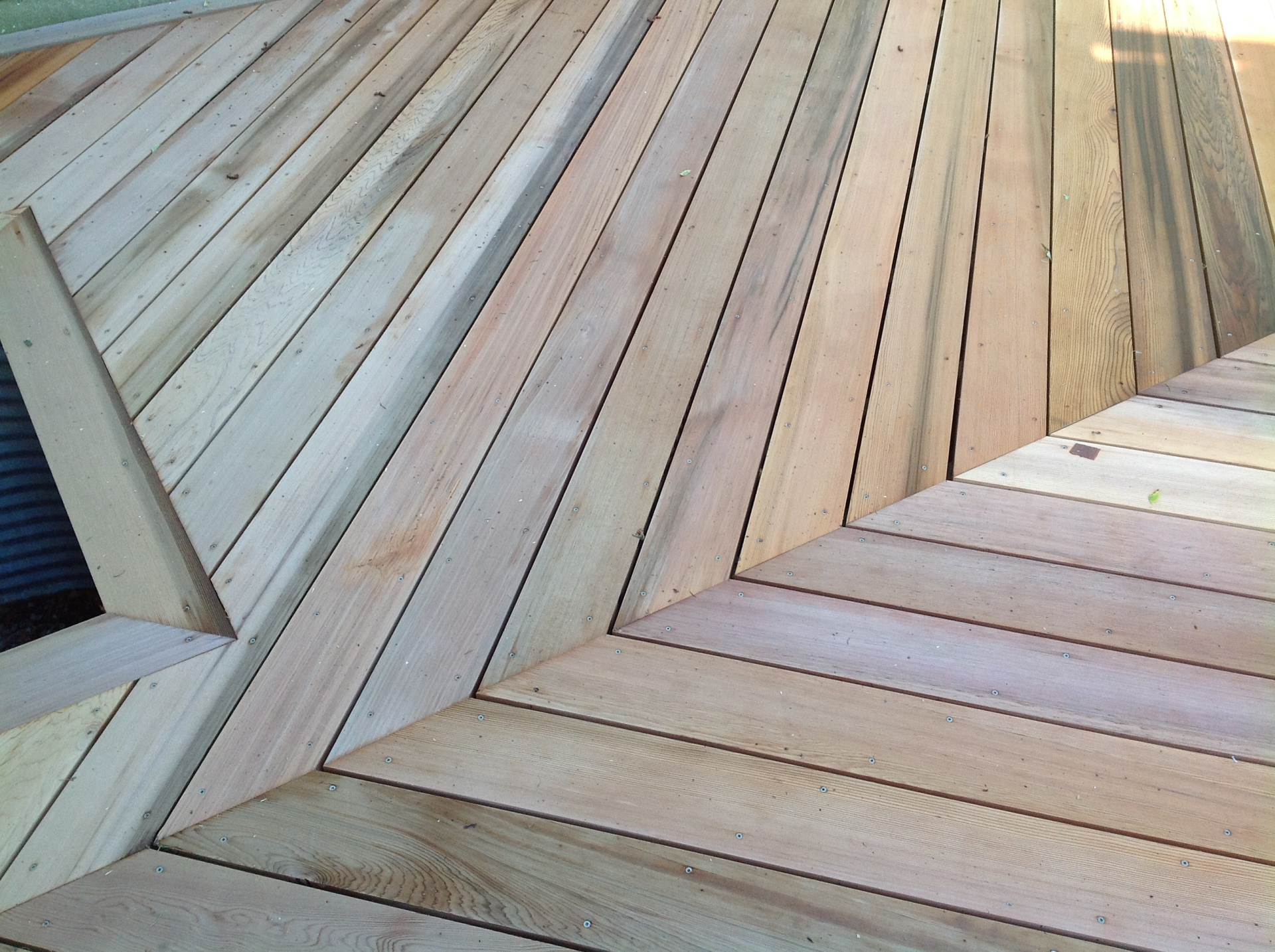 deck with diagonal pattern