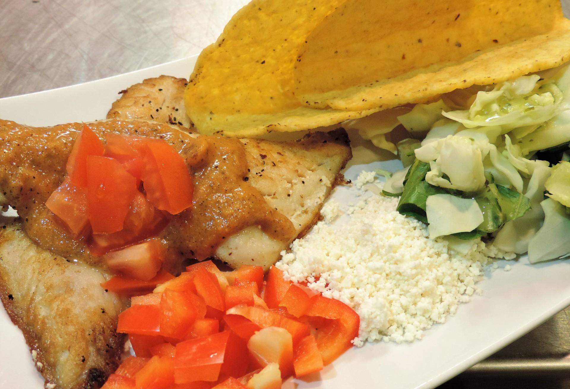 Plato's Fish Taco (Sandwich)