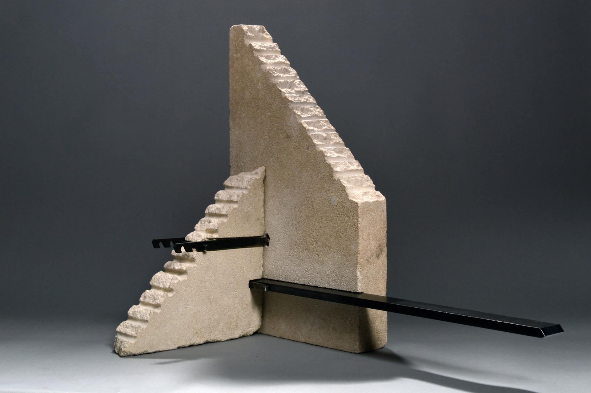 Monument-90   £1200